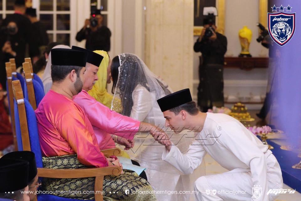 foto foto majlis pertunangan dan pernikahan tunku tun aminah 4