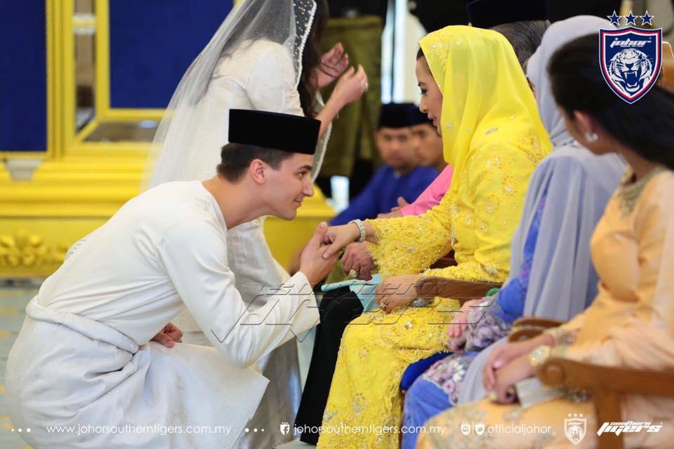 foto foto majlis pertunangan dan pernikahan tunku tun aminah 5