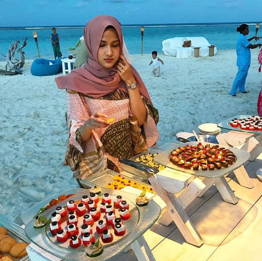 foto foto percutian mewah hairul azreen sekeluarga di maldives 4