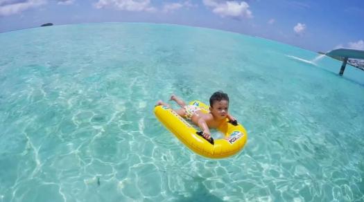 foto foto percutian mewah hairul azreen sekeluarga di maldives 9