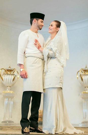 foto sekitar majlis pernikahan juliana evans dan y a m tengku shariffuddin shah 4