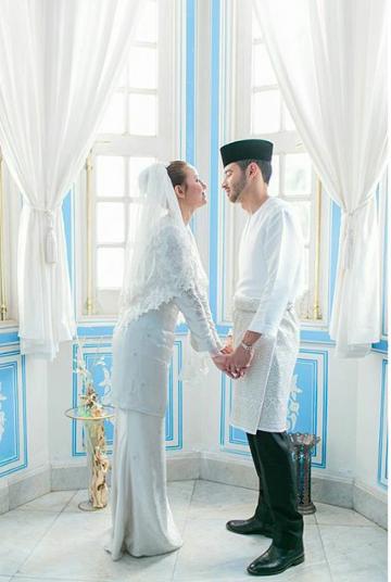 foto sekitar majlis pernikahan juliana evans dan y a m tengku shariffuddin shah 5