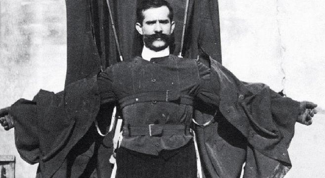 franz reichelt wingsuit yang gagal