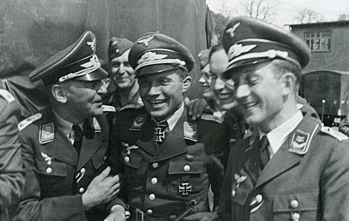 franz von werra penjenayah yang berjaya melarikan diri daripada penjara dan gagal ditangkap semula 2