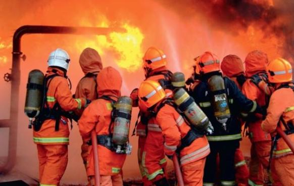 gambar bomba padam kebakaran