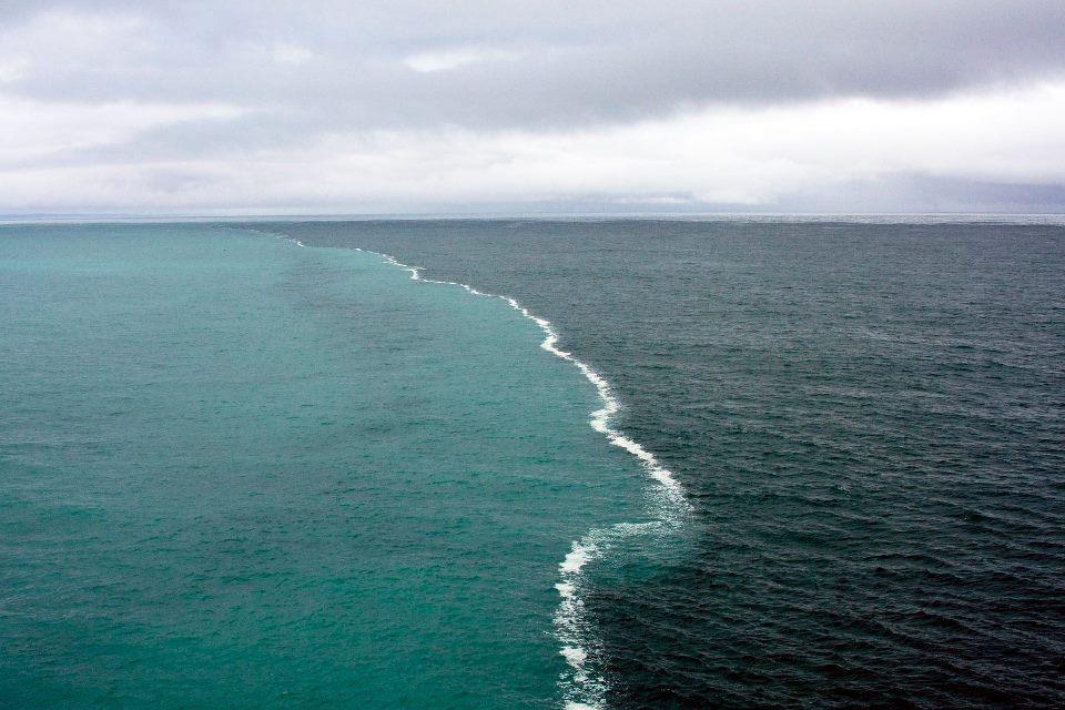 gambar dua lautan terpisah yang tular di facebook