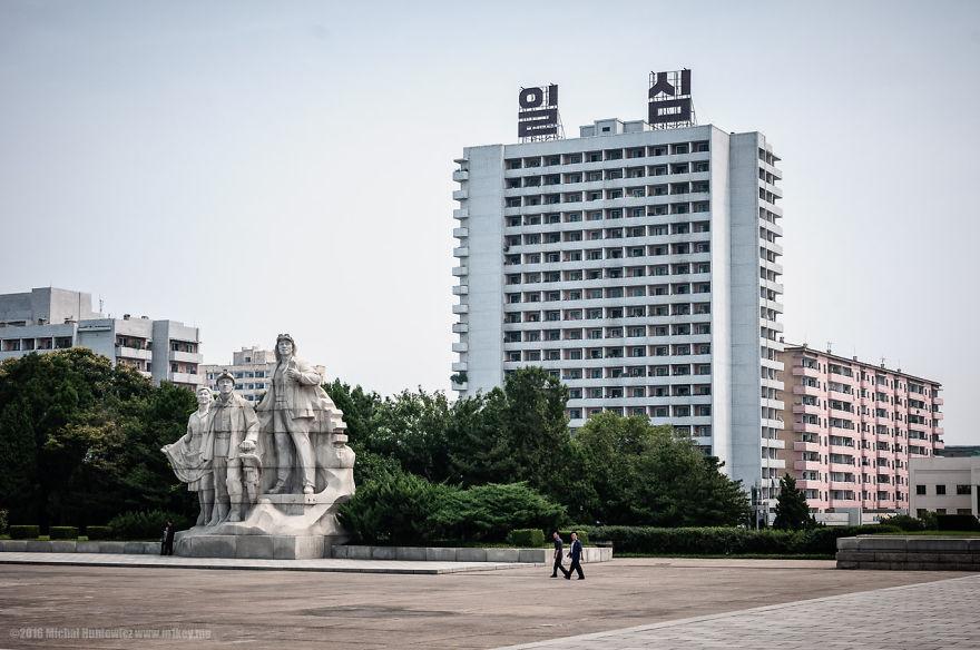 gambar haram yang berjaya diseludup keluar dari korea utara 13 490