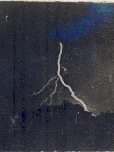 gambar kilat pertama direkodkan