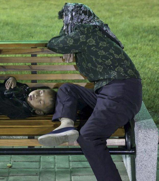 gambar yang haram diambil di korea utara 8 916