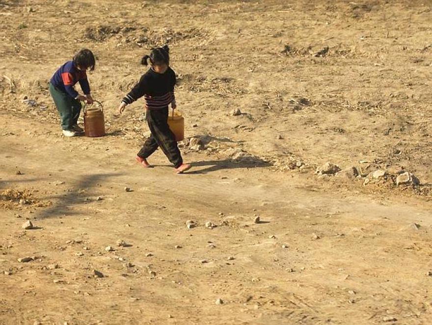 gambar yang haram diambil di korea utara