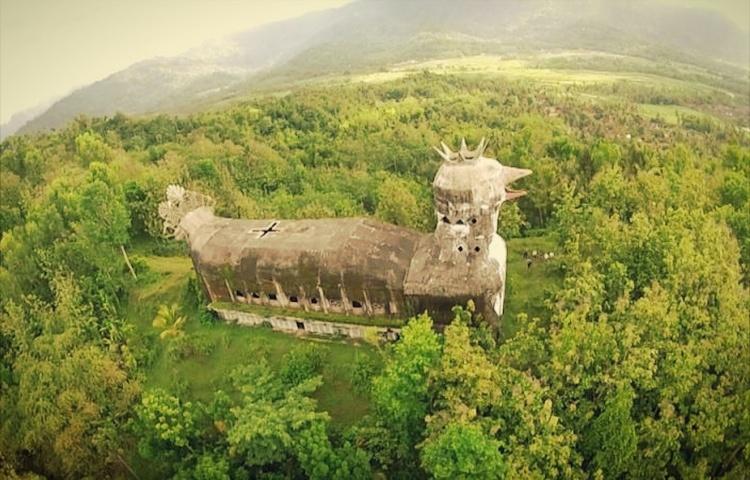 gereja ayam bangunan pelik 798