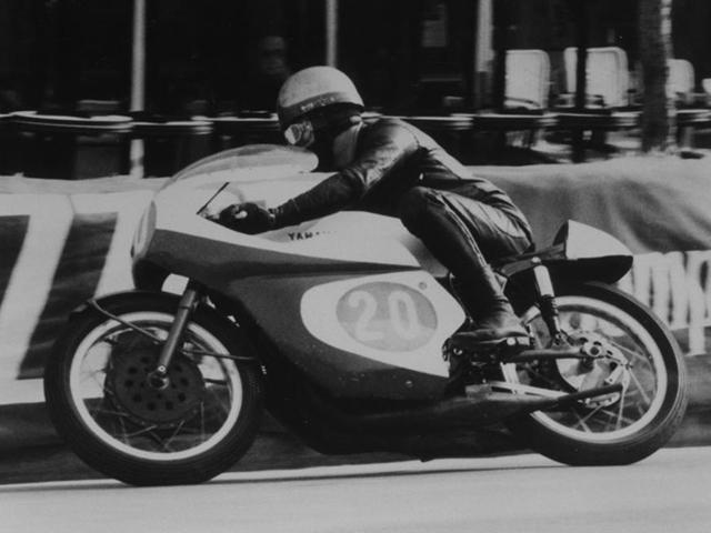 giuseppe visenzi bermula sebagai pelumba motosikal