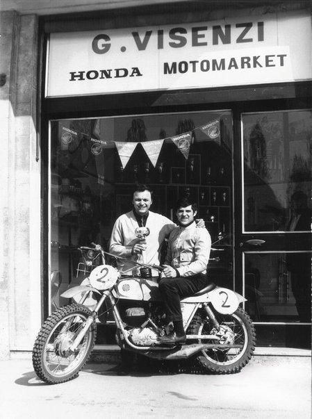 giuseppe visenzi buka kedai pengedar motosikal honda