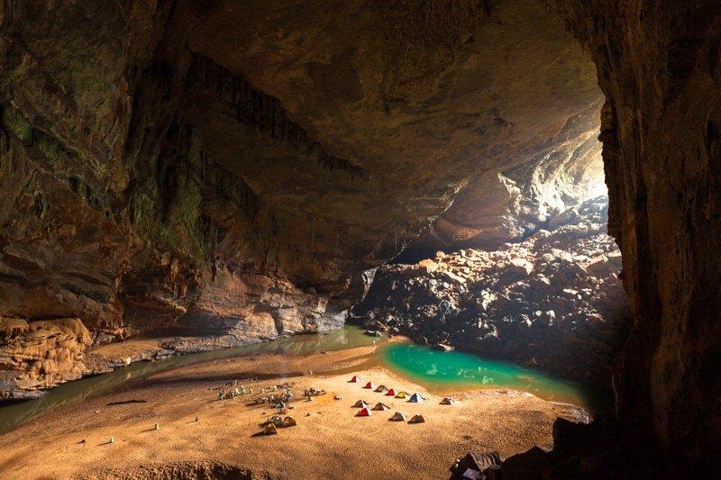 gua terbesar di dunia 282