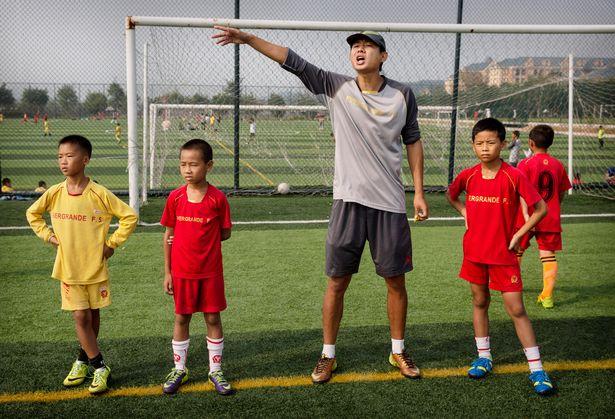 guangzhou evergrande akademi bola sepak terbesar di dunia 01