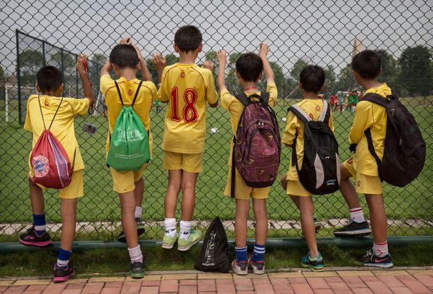 guangzhou evergrande akademi bola sepak terbesar di dunia 11