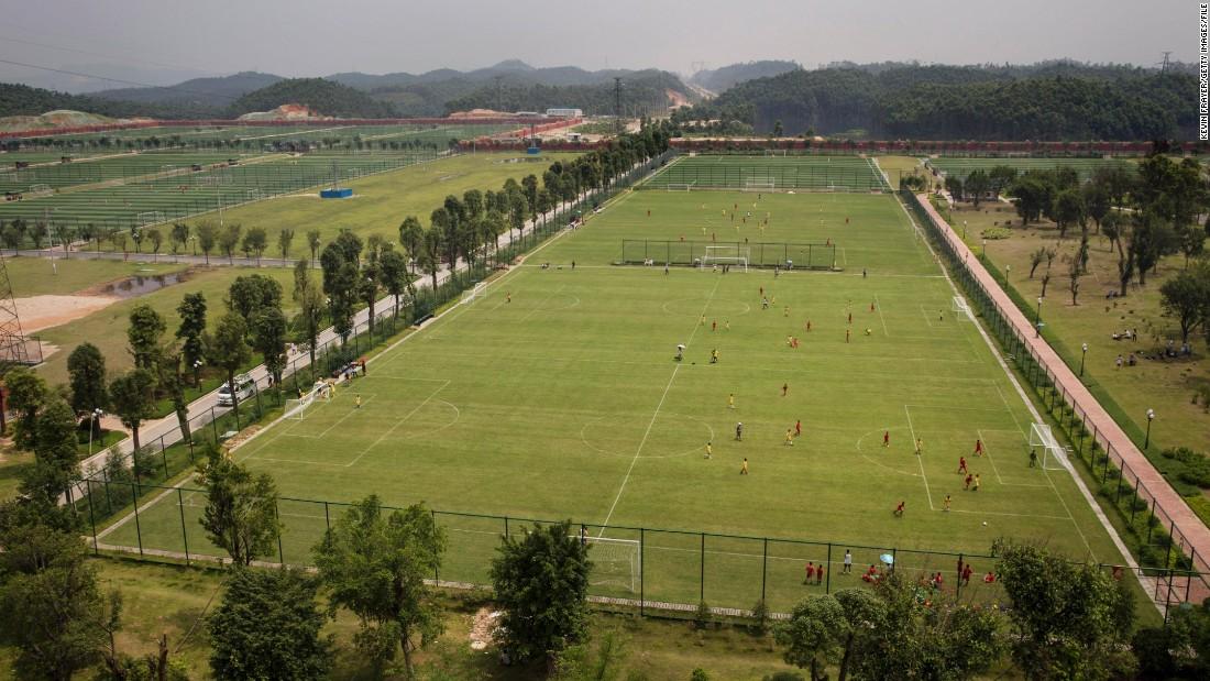 guangzhou evergrande akademi bola sepak terbesar di dunia 4