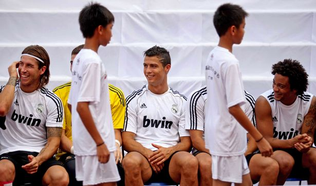 guangzhou evergrande akademi bola sepak terbesar di dunia 7