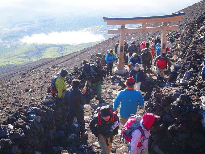 gunung fuji 8 lokasi wajib dilawati di jepun 2