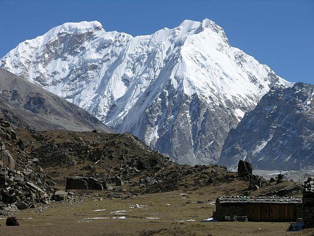gunung kangchenjunga gunung paling berbahaya di dunia