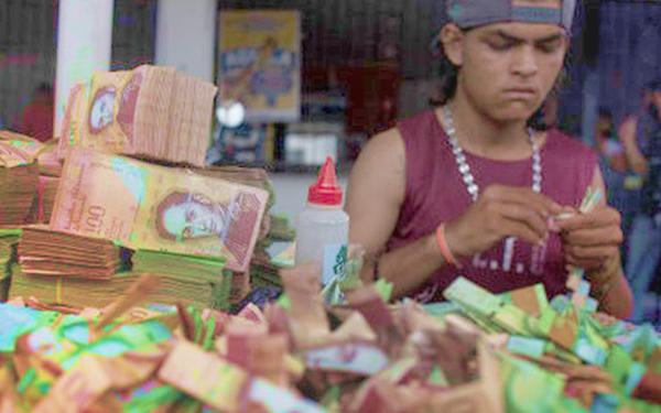 hiper inflasi di venezuela kira duit banyak