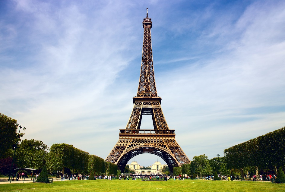 hith eiffel tower istock 000016468972large 209