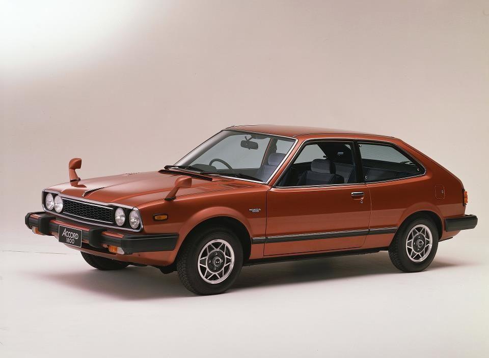 honda accord pertama berbentuk hatchback