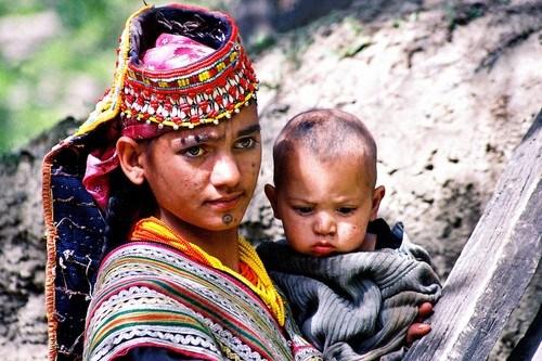 ibu kalash bersama anaknya