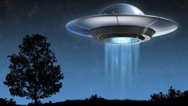 illustrasi ufo