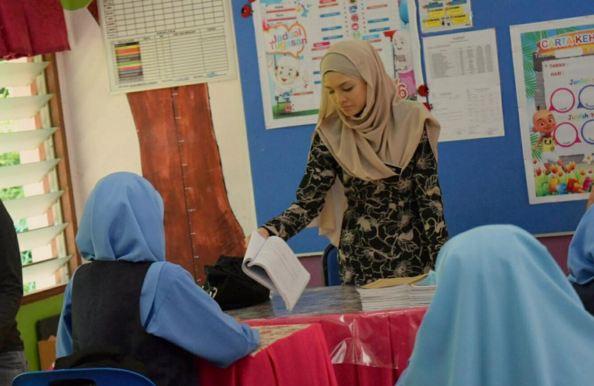 iluminasi cikgu malas malaysia3