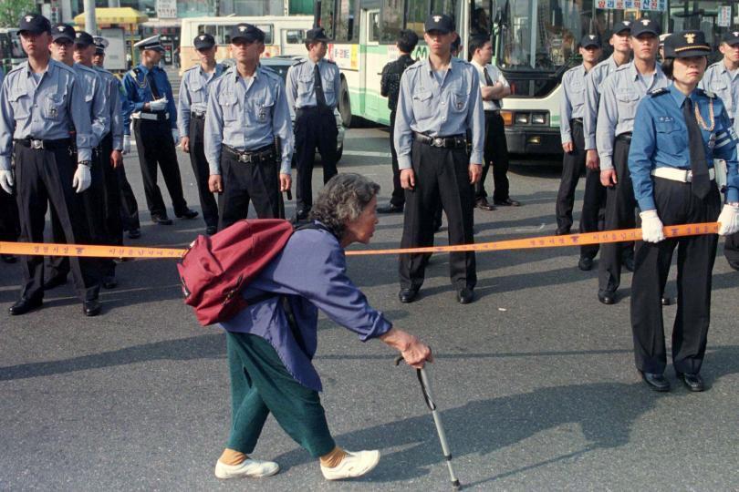 iluminasi kpop korea selatan masalah warga tua pencen uzur miskin merana11