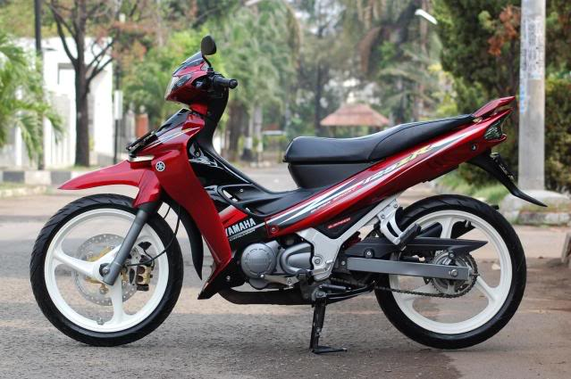 iluminasi motorsikal curi malaysia6