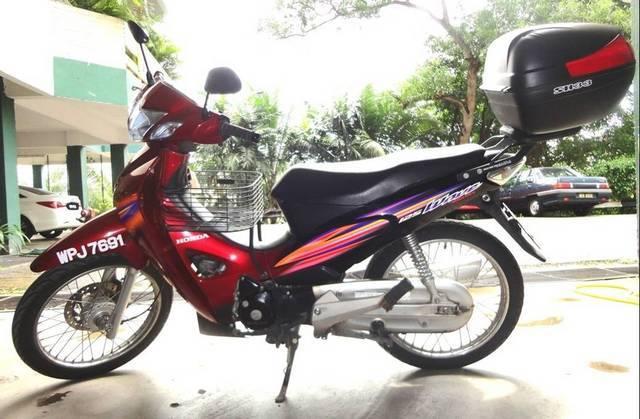 iluminasi motorsikal curi malaysia7
