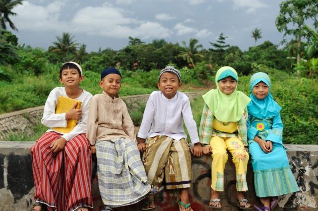 indonesia 10 negara dengan populasi paling pendek di dunia