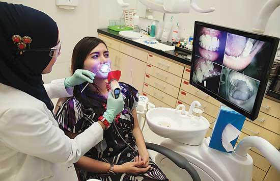 ini 2 jenis rawatan pemutihan gigi 8