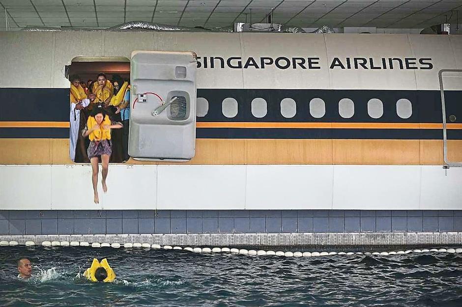 ini cara latihan kru kabin pramugari stewardess 6