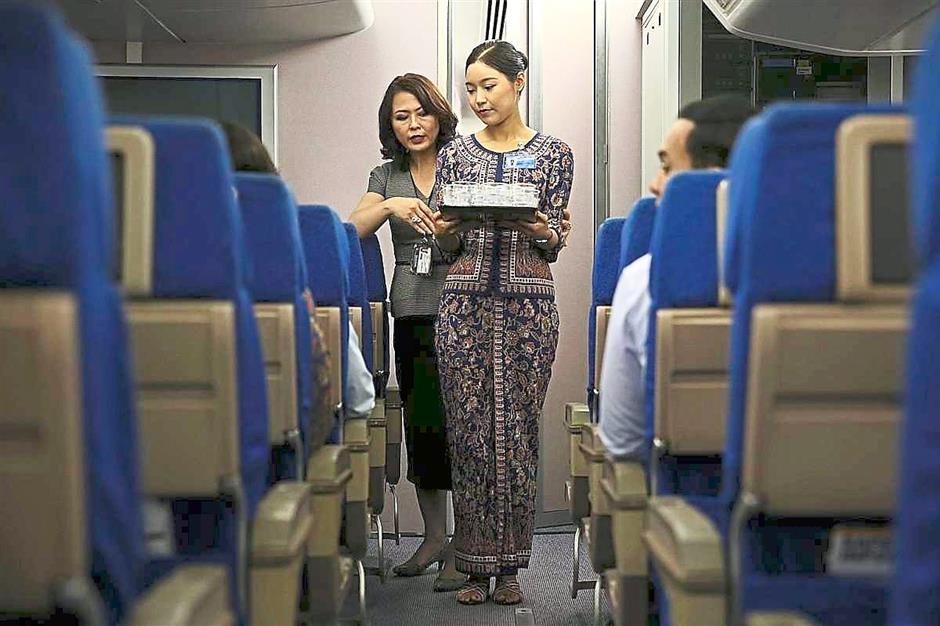 ini cara latihan kru kabin pramugari stewardess