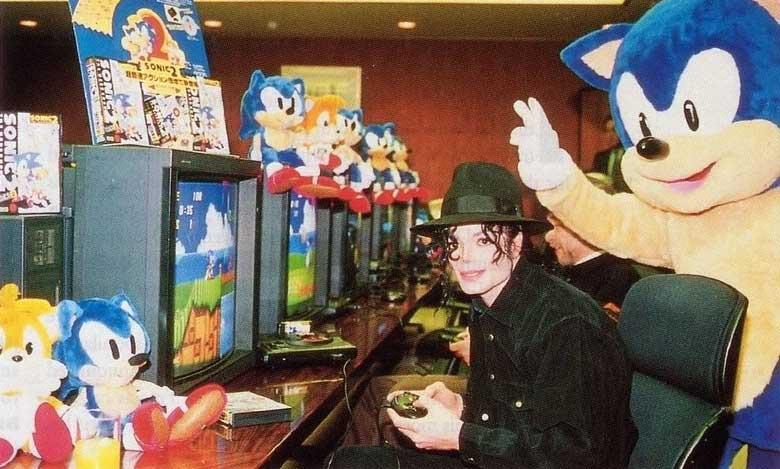 inspirasi watak sonic the hedgehog oleh michael jackson