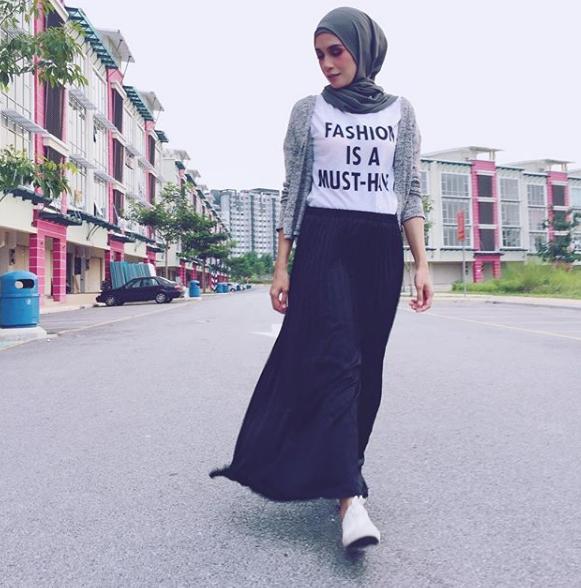 izreen azminda disingkirkan program hiburan popular atas permintaan seorang artis 2 611