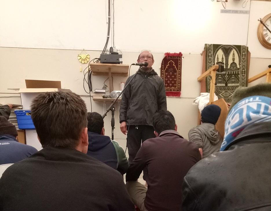 jamalulail memberikan sepatah dua kata di masjid umar