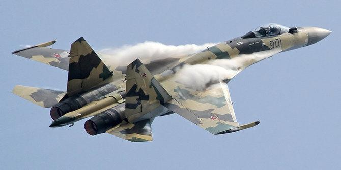 jet pejuang model sukhoi su 35