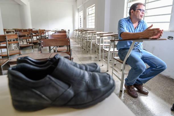 jose ibarra profesor venezuela tidak mampu bayar upah membaiki kasut