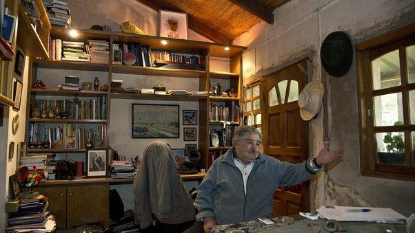 jose mujica presiden negara yang paling miskin di dunia 10