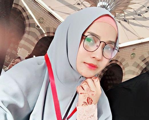 joy revfa berdoa di masjid nabawi membelakangkan kiblat 2