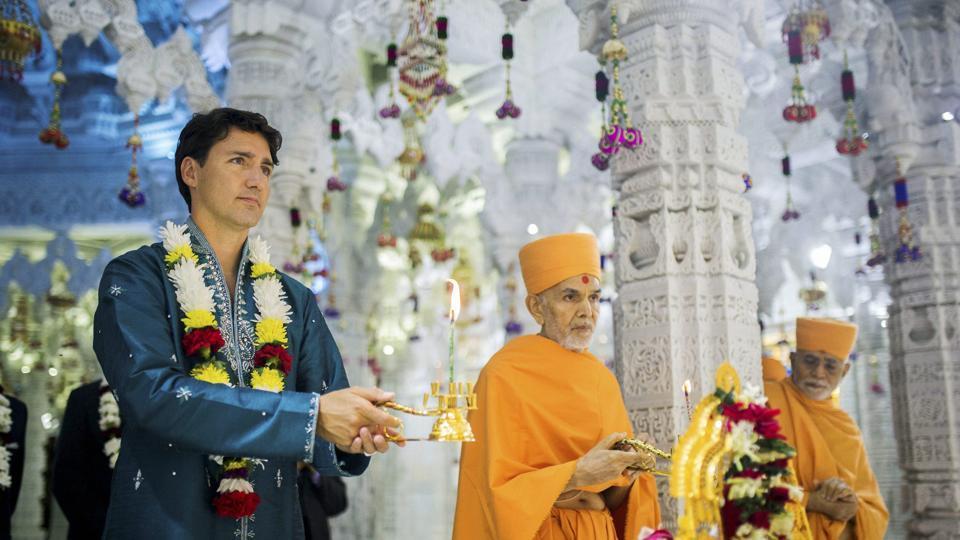 justin trudeau melawat kuil hindu