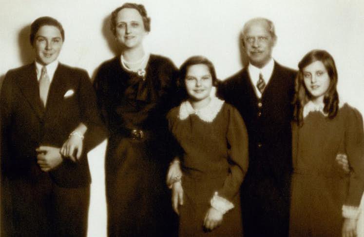 kahwin sesama keluarga rothschild