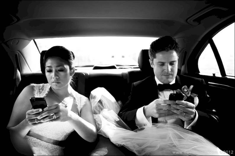 kahwin tapi tak berkomunikasi sambil berbual