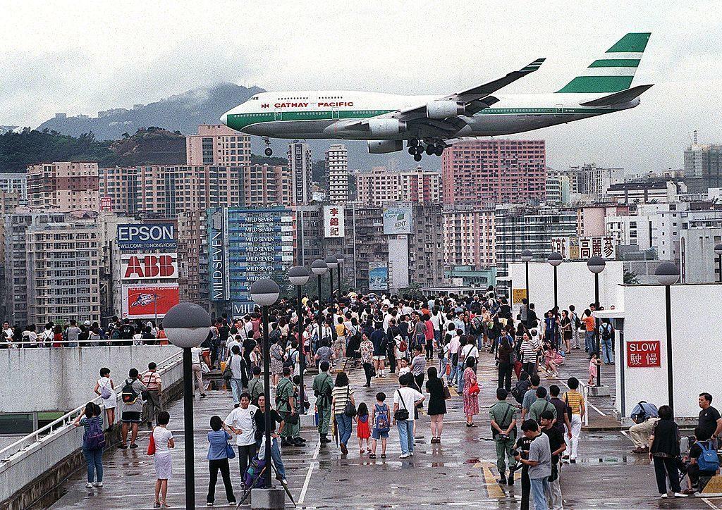 kai tak international airport di hong kong china