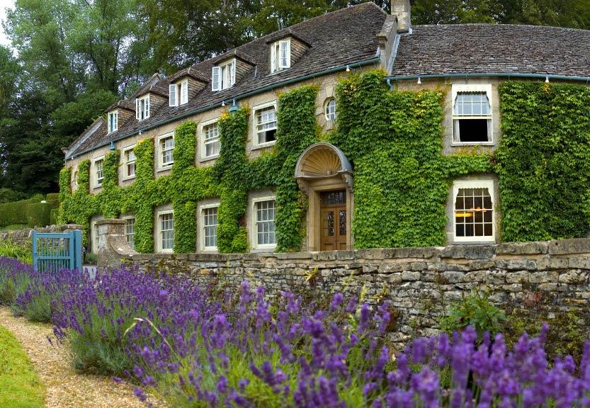 kampung desa paling indah cantik di dunia bibury
