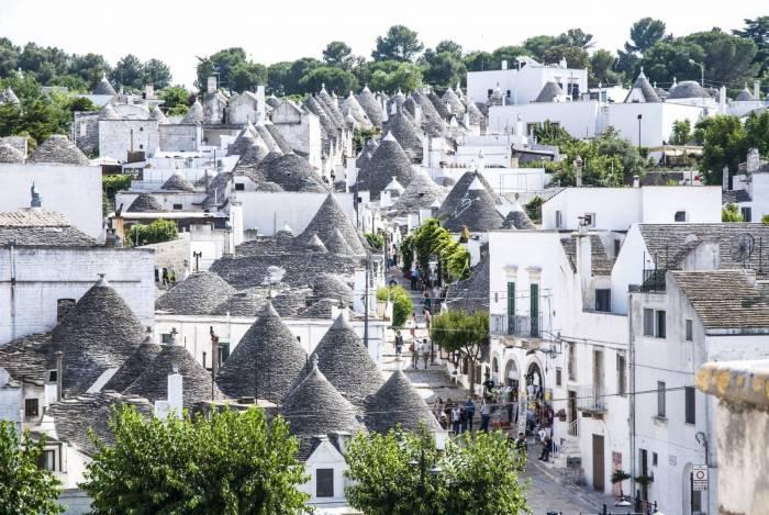 kampung desa paling indah cantik di dunia itali alberobello